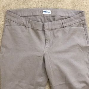 Old Navy Mid-Rise Pixie Pants